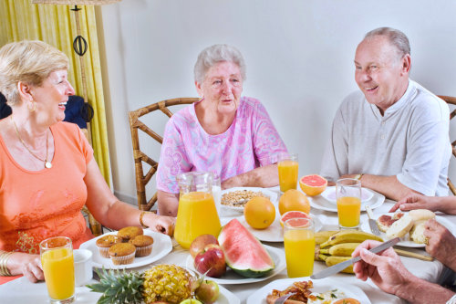 Group of elderly in a dining table